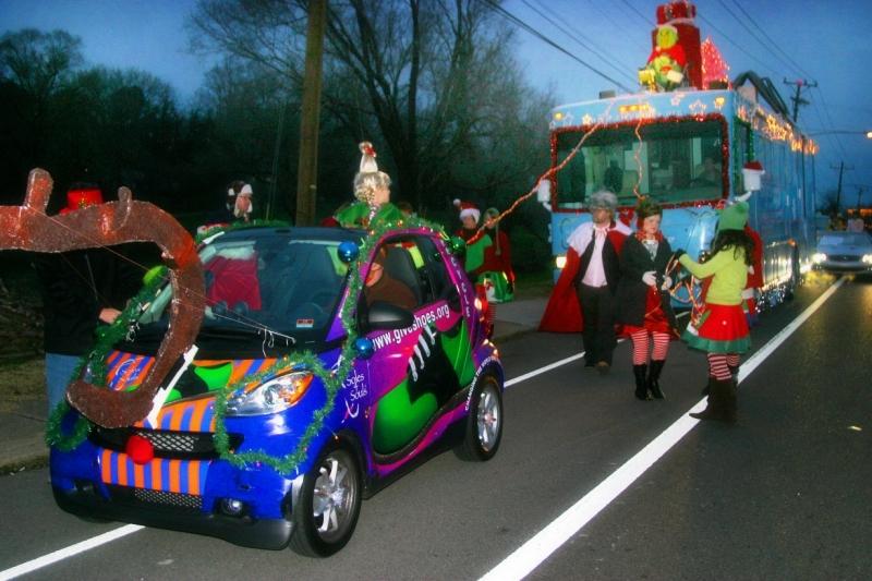 christmas parade decorations for cars newchristmas co - How To Decorate A Float For Christmas Parade